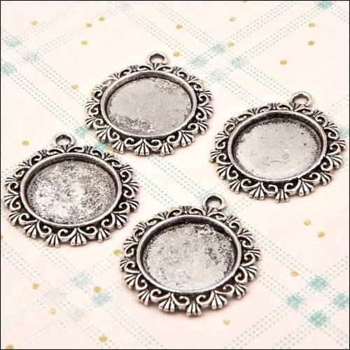 Charms - Fancy Circle Pendant Hobby House
