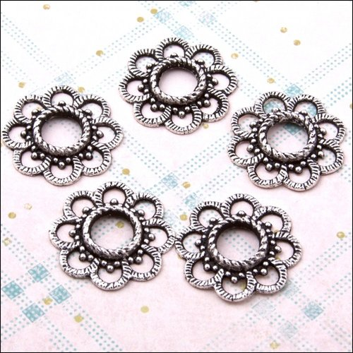 Large Blossom Spacers - The Hobby House